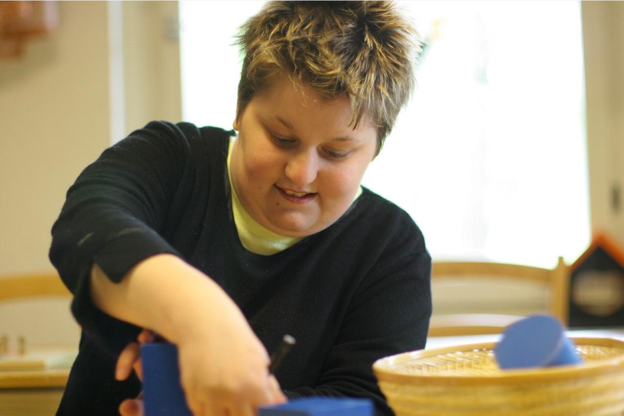 Schüler mit sonderpädagogischem Förderbedarf beim Lernen in der Lindenschule in Rappelsdorf